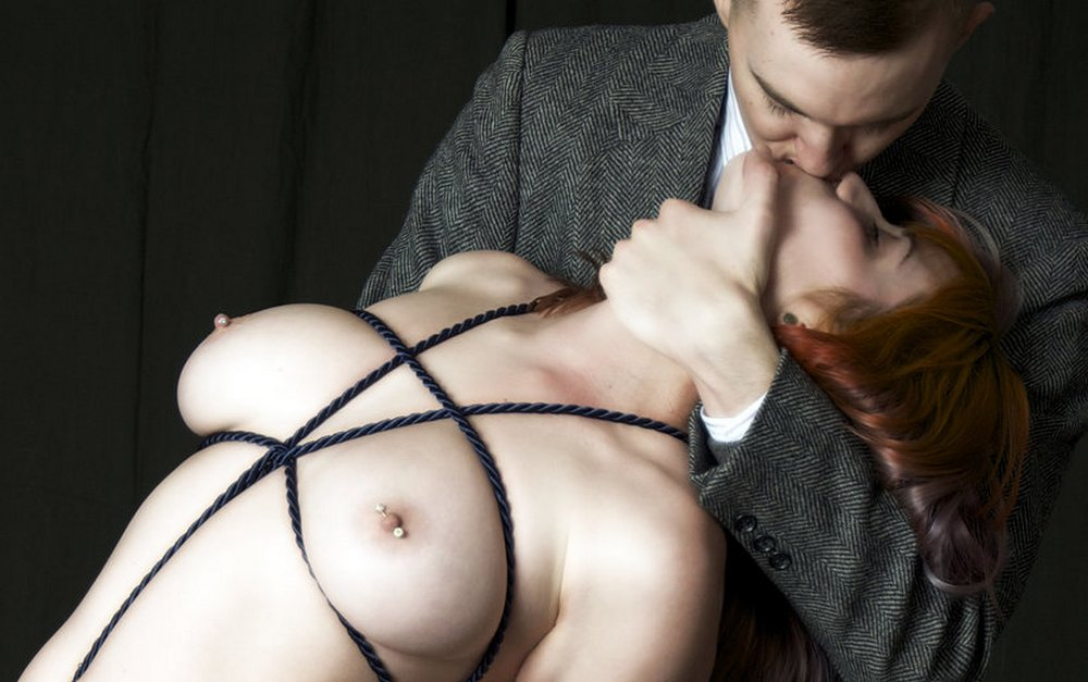 bondage kissing
