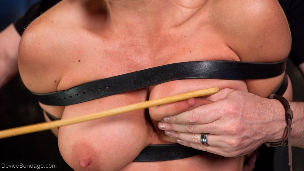 caning-holly-heart