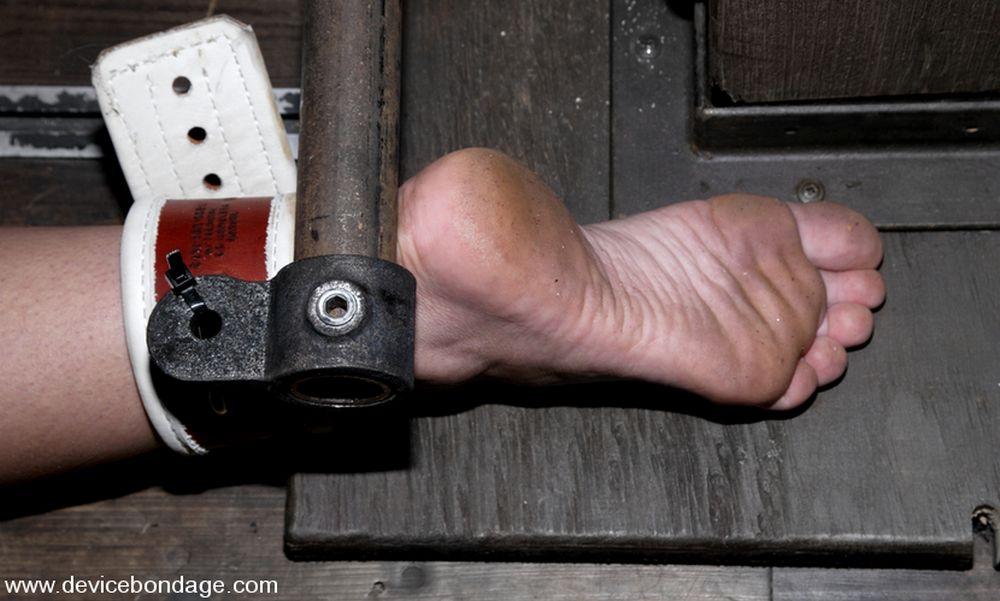 foot captured