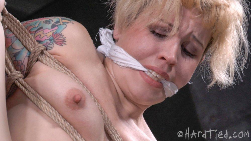 hardtied-gagged-1000
